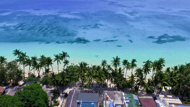 Cocoloco Boracay Beach Resort, Bar and Restaurant